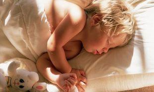12 πράγματα που σκέφτονται τα μικρά παιδιά πριν κοιμηθούν