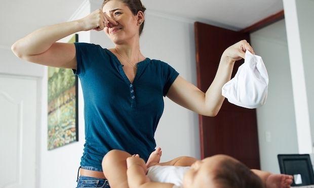15+1 πράγματα που θα προτιμούσε μία μαμά να κανει από το αλλάζει πάνες!
