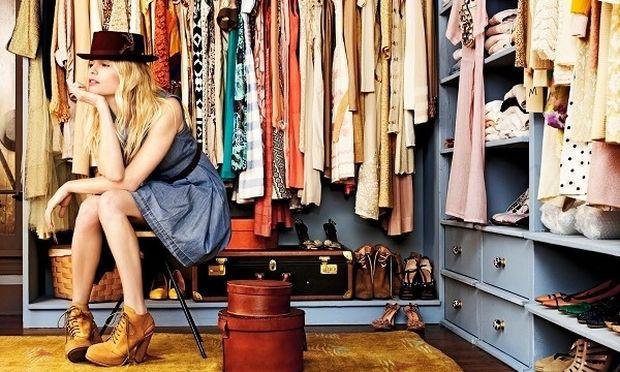 9 τρόποι για να εξοικονομήσετε χώρο στη ντουλάπα σας-Ο 5ος είναι πολύ πρακτικός (vid)