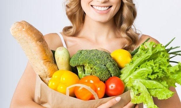 Αν οι γυναίκες έτρωγαν μεσογειακά, θα μπορούσε να αποφευχθεί το 2,3% όλων των περιπτώσεων καρκίνου του μαστού
