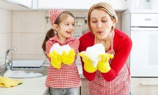 Γιατί καθαρίζω το σπίτι ΜΟΝΟ όταν τα παιδιά είναι ξύπνια!