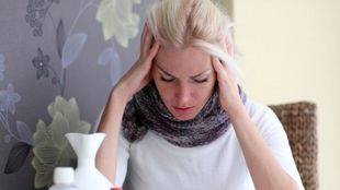 Οι πέντε ασθένειες που «προτιμούν» τις γυναίκες
