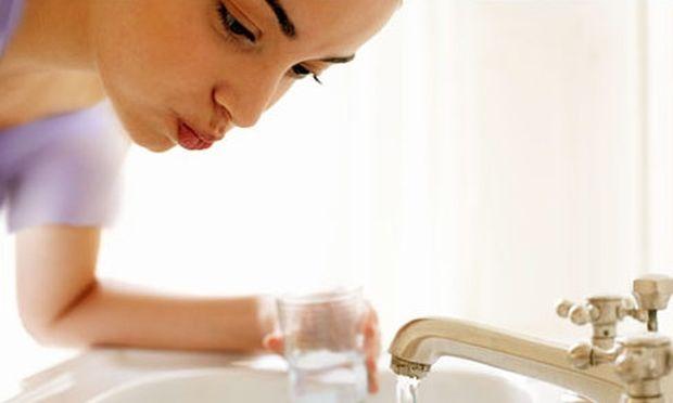 Φτιάξτε μόνη σας στοματικό διάλυμα στο σπίτι!