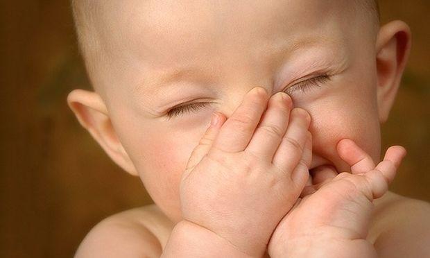 Νεογέννητα που μυρίζουν παράξενα-Γιατί συμβαίνει;