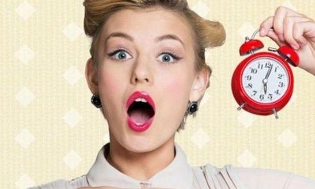 4 makeup tutorials που μπορεί μια μαμά να ολοκληρώσει μέσα σε μόλις 10 λεπτά (vid)