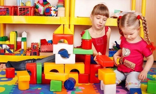 Ποια παιχνίδια είναι κατάλληλα για παιδιά ηλικίας 2-3 ετών