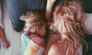«Μαμά, θα ξαπλώσεις μαζί μου;»-Όταν το παιδί σου θέλει να ξαπλώσεις μαζί του το βράδυ