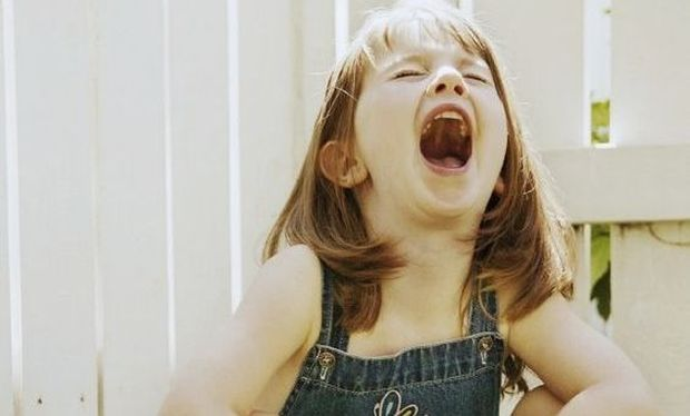 """«Όχι, η κόρη μου δεν θα το """"βουλώσει"""" επειδή το θες εσύ!»"""