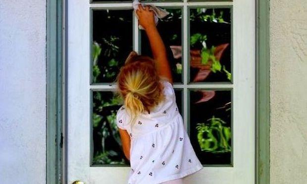 Πώς μπορούν τα παιδιά να βοηθήσουν στο καθάρισμα του σπιτιού