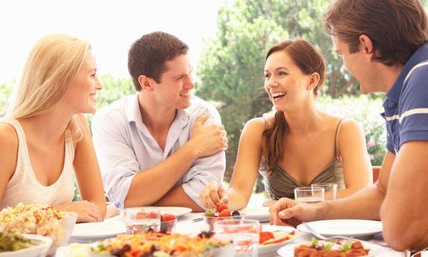 4 πράγματα που δεν πρέπει να κάνουμε αμέσως μετά το φαγητό