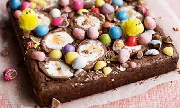Πασχαλινό brownies με σοκολατένια αβγά