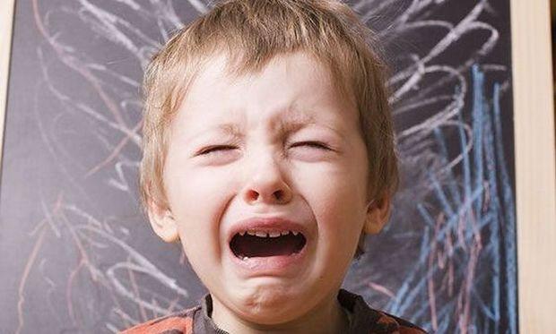 «Οι άντρες δεν κλαίνε»… Και όμως, κλαίνε και τους θέλουμε να κλαίνε