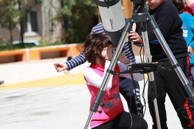 Περιήγηση στον κόσμο του σύμπαντος και των ουράνιων σωμάτων από την Τετάρτη 3 Μαΐου στα Ανοιχτά Σχολεία του δήμου Αθηναίων