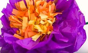 Φτιάξτε το πιο όμορφο λουλούδι από χαρτί μαζί με τα παιδιά σας (βίντεο)