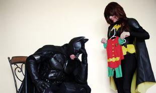 Ο Batman και το Batgirl... περιμένουν παιδί!
