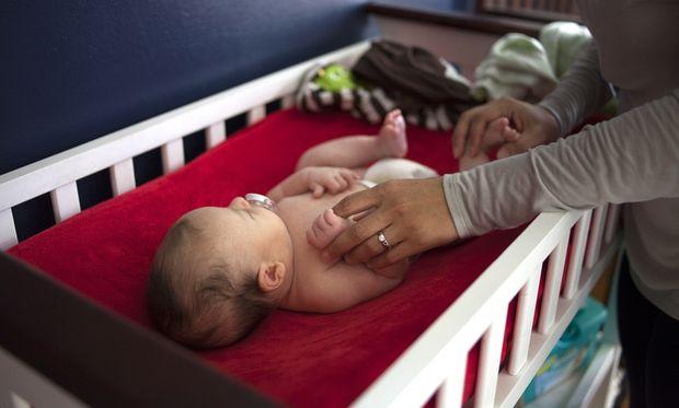 Πόσο σημαντικό είναι το άγγιγμα για τα μωρά;