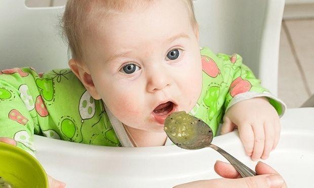 Ακτινίδιο και μωρό: Από ποια ηλικία μπορεί να το τρώει;