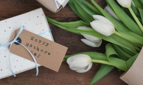 Ημέρα της Μητέρας: Διαφορετικά δώρα που δεν χρειάζονται καν περιτύλιγμα