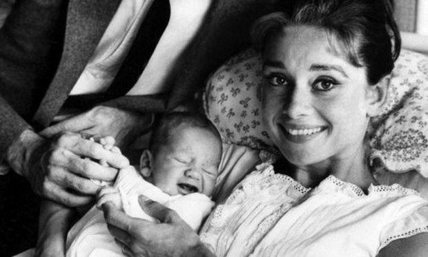 Γιος της Audrey Hepburn: «Θα γινόταν μια καταπληκτική γιαγιά, που θα έψηνε κέικ και θα έλεγε ιστορίες»