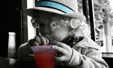 Oι χυμοί φρούτων είναι καλή επιλογή για τα παιδιά;