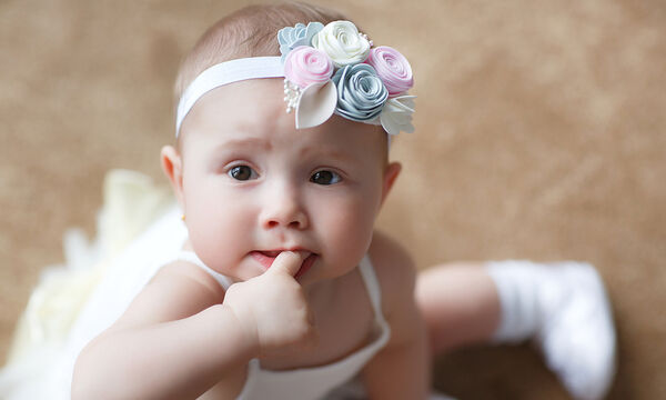 Βρέφος 5 μηνών: Τι μπορεί να κάνει το μωρό σας σε αυτή την ηλικία (pics)