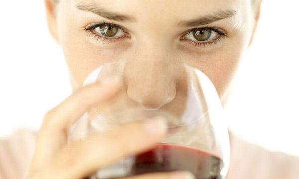 Ποια ποσότητα αλκοόλ αυξάνει τον κίνδυνο καρκίνου του μαστού