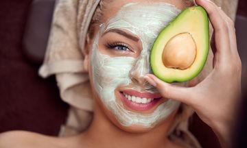 Τρεις σπιτικές μάσκες ομορφιάς με αβοκάντο