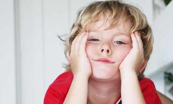 """Τι απαντάς σε ένα παιδί που λέει """"βαριέμαι"""""""