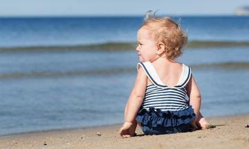 Μαγιό για μωρά: 10+1 υπέροχα σχέδια για τα μικρά σας