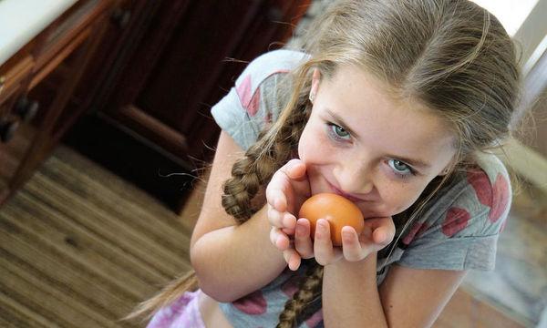 Τα παιδιά που τρώνε ένα αβγό κάθε μέρα αναπτύσσονται πιο γρήγορα