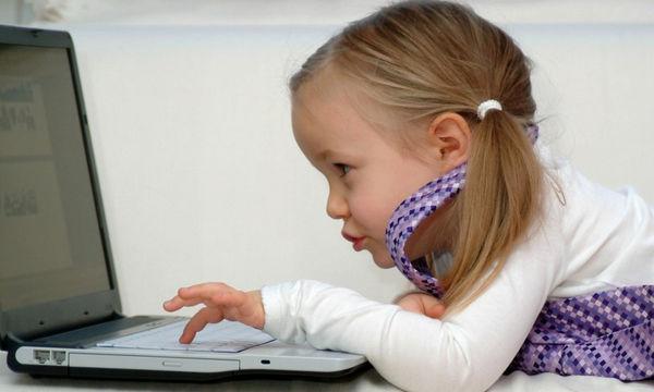 Πόση ώρα μπορεί να παίζει ένα παιδί στον υπολογιστή;