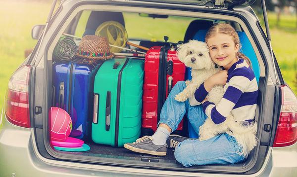Καλοκαιρινές διακοπές: Με ή χωρίς το κατοικίδιο;