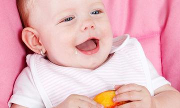 Έξυπνοι τρόποι για να δώσετε ροδάκινο στο μωρό σας