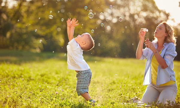 Εβδομαδιαίο πρόγραμμα δραστηριοτήτων για παιδιά που μένουν στο σπίτι το καλοκαίρι