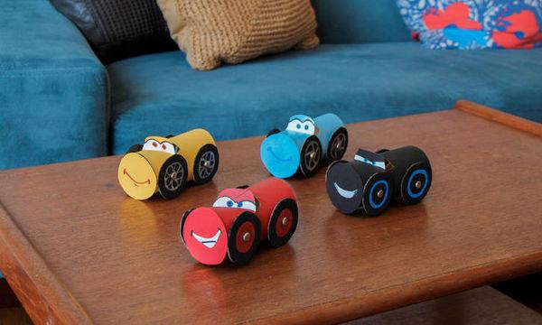 Φτιάξτε μαζί με τα παιδιά σας πολύχρωμα αυτοκινητάκια