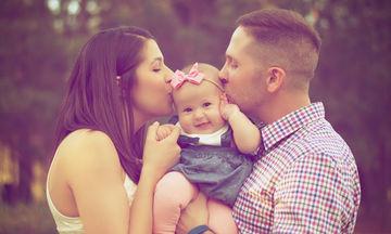 """Τι κάνουν οι """"φανταστικοί γονείς"""" και είναι φανταστικοί;"""