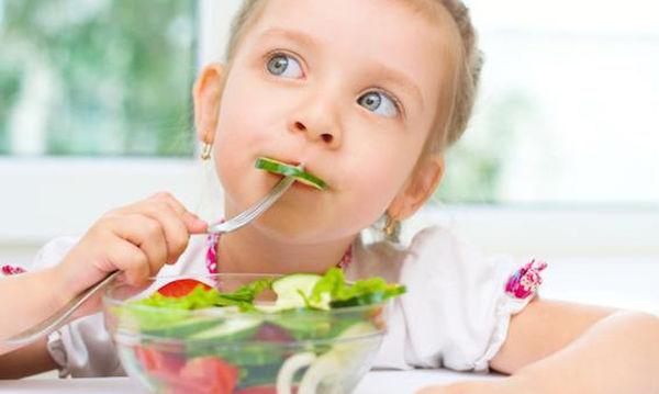 Πώς θα μάθω τα παιδιά μου να κάνουν υγιεινές διατροφικές επιλογές;