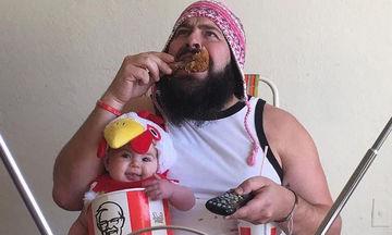 Αυτός είναι ο πιο «τρελός» μπαμπάς που έχετε δει - Οι φωτογραφίες με την κόρη του το αποδεικνύουν