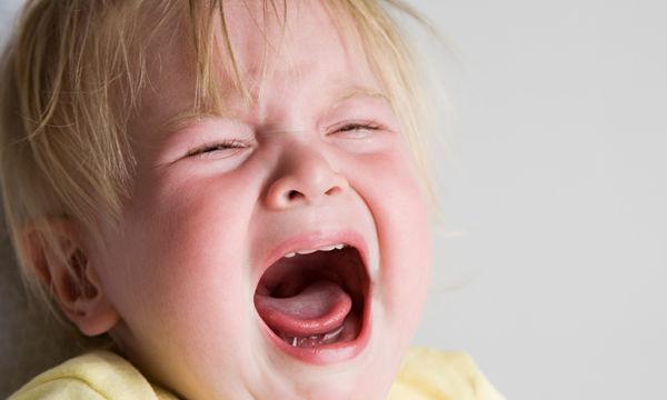 Ποιοι είναι οι πιο συχνοί λόγοι που μπορεί να κλαίει ένα μωρό 6 μηνών έως 1 έτους