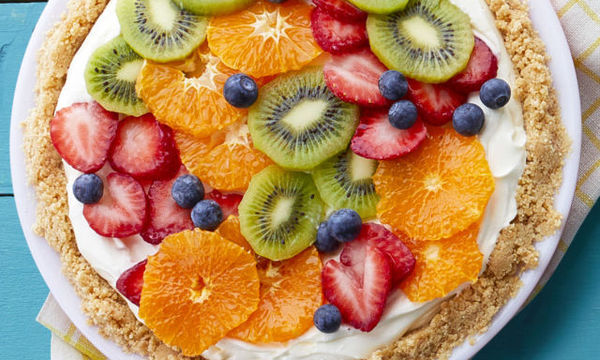 Cheesecake με φρέσκα φρούτα: δροσερή καλοκαιρινή συνταγή