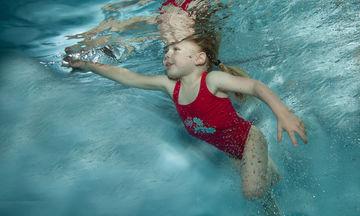 Ασφάλεια στο νερό: Όλα όσα πρέπει να γνωρίζετε αν έχετε παιδιά και βρέφη