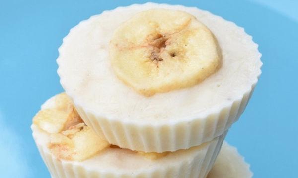 Παγωμένες μπουκίτσες με γιαούρτι και μπανάνα