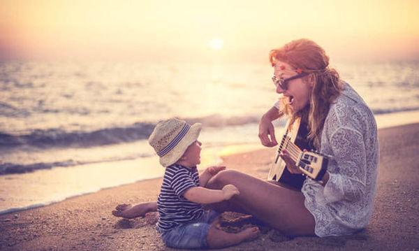 Η αξία των παιδικών τραγουδιών - Μάθετε στο παιδί σας πολλά τραγουδάκια