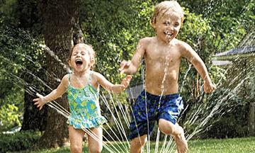 Είκοσι διασκεδαστικά πράγματα που μπορείτε να κάνετε με τα παιδιά σας πριν τελειώσει το καλοκαίρι