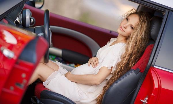 Εγκυμοσύνη: Μπορώ να οδηγώ αυτοκίνητο; (vid)