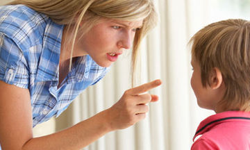 Πειθαρχία: Λάθη που κάνουν οι γονείς και δε μπορούν να την επιβάλλουν