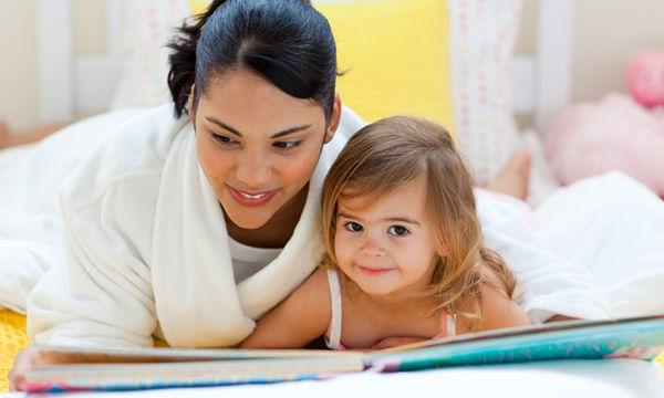 Διαβάστε παραμύθια στο παιδί σας: Τα σημαντικά οφέλη