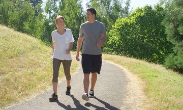 Περπάτημα: Γιατί είναι ιδιαίτερα ωφέλιμο για την υγεία μας;