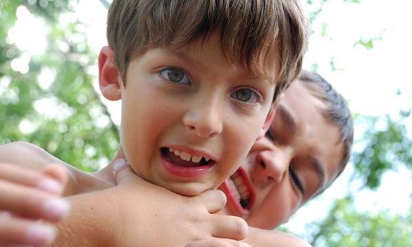 Παιδική επιθετικότητα: Οφείλεται σε ενδογενείς βιολογικούς  παράγοντες ή σε ορμονικές διαταραχές