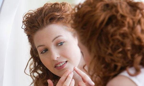 Σπυράκια στο δέρμα: Είστε σίγουροι ότι είναι ακμή;